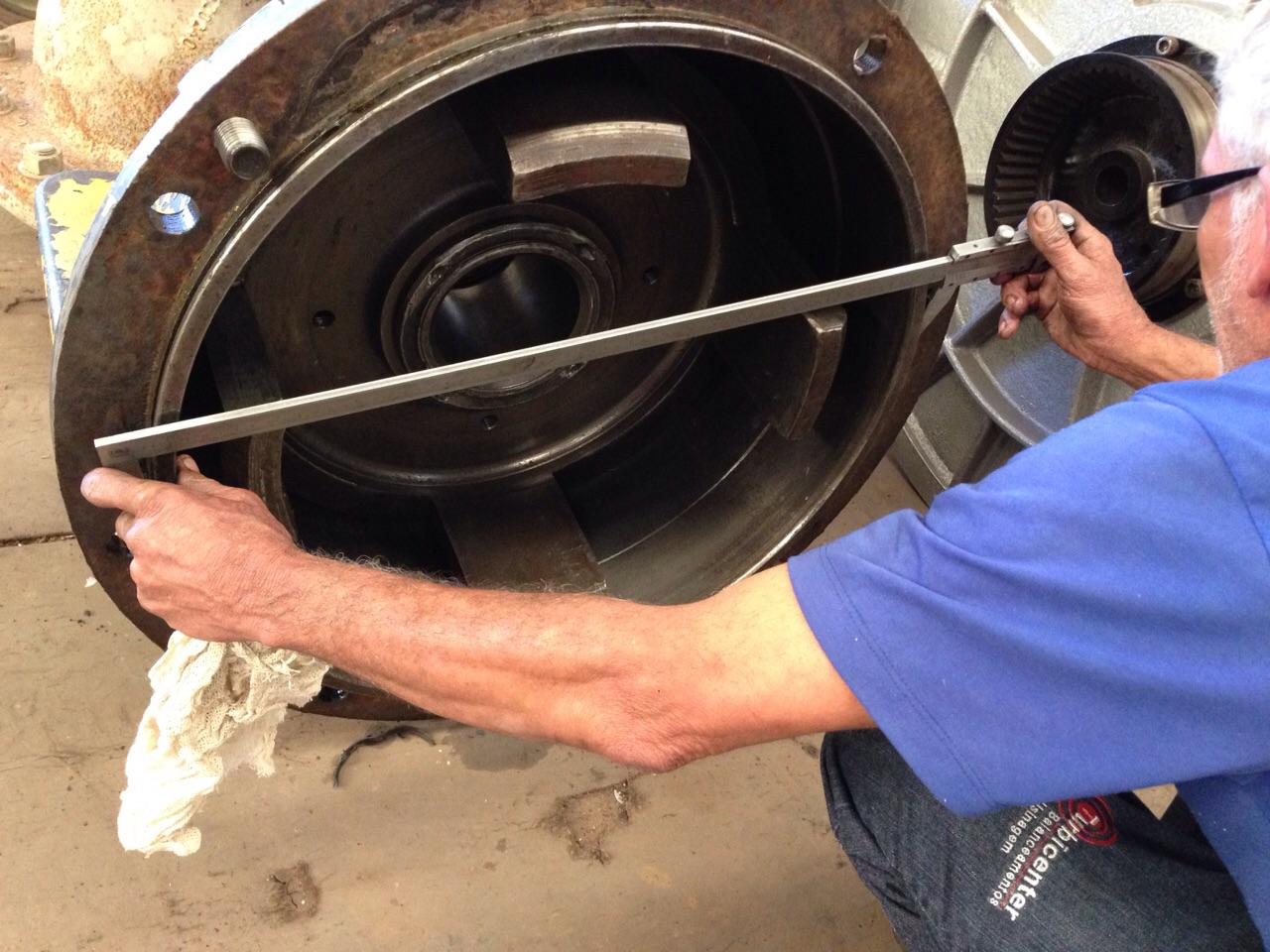 medição das partes após desmontagem - LADO 1 com folga de 01 mm e LADO 2 com folga de 0,5 mm