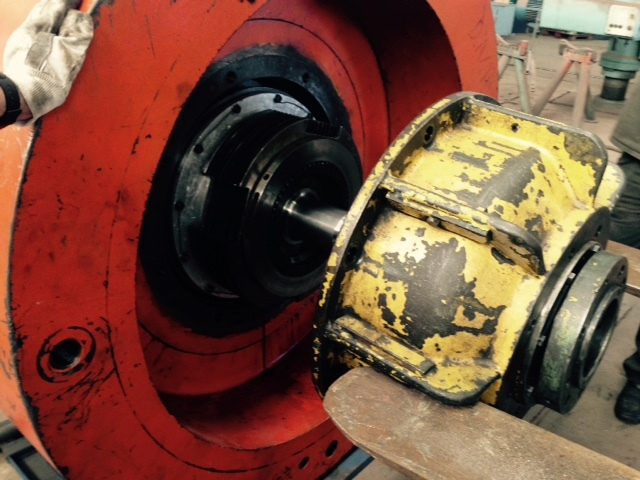 desmontagem do conjunto de freio/embreagem