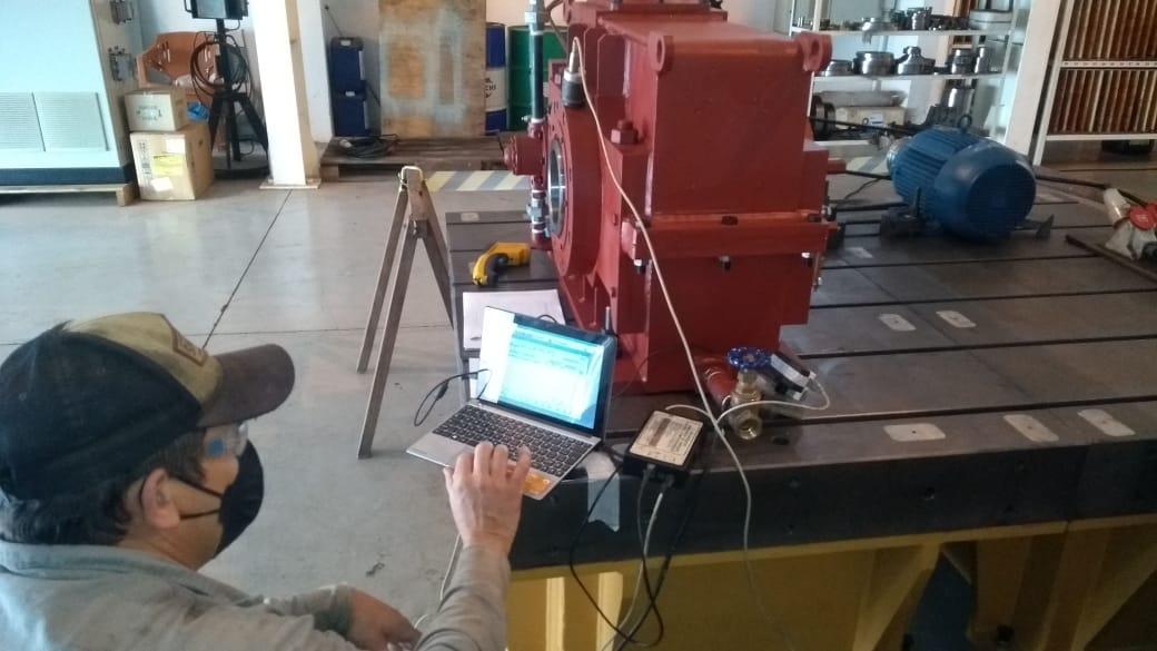 Monitoramento de vibração em caixa de redutor